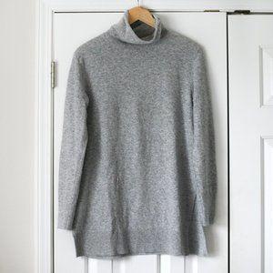Ann Taylor gray tunic turtleneck sweater wool